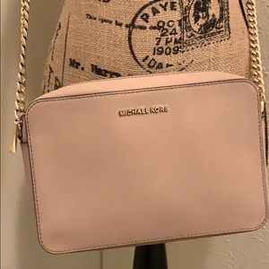 Michael Kors crossbody jet set purse